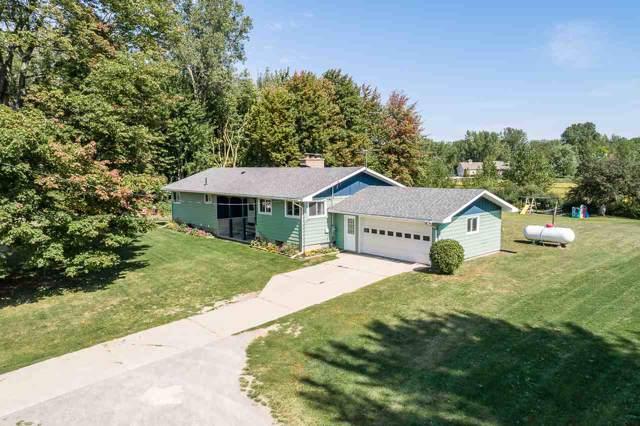 2058 Hotchkiss Rd, Freeland, MI 48623 (MLS #31395097) :: Bricks Real Estate Experts