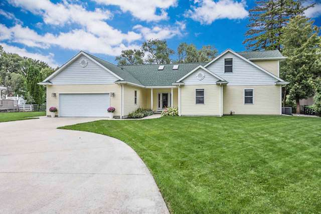 297 Lagoon Beach Dr, Bay City, MI 48706 (MLS #31396148) :: Bricks Real Estate Experts