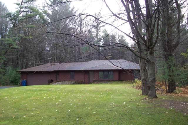 1972 N Green Meadow, Sanford, MI 48657 (MLS #31400009) :: Bricks Real Estate Experts