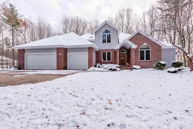 3050 Maple Hill Ct, Midland, MI 48642 (MLS #50000084) :: Bricks Real Estate Experts