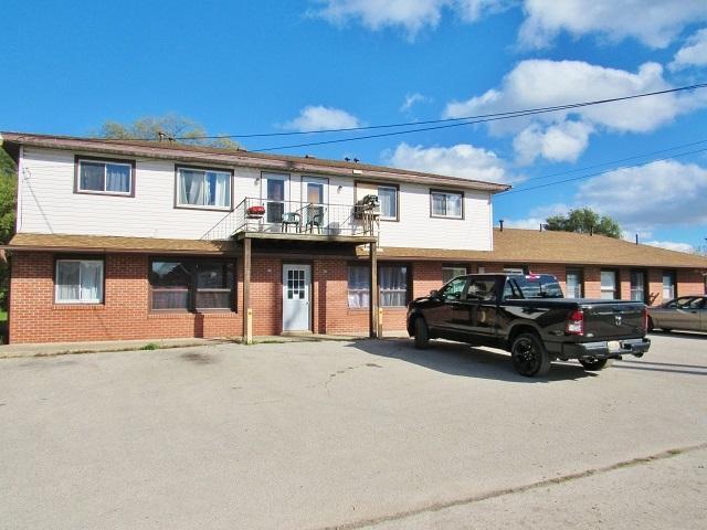 201 Old Kawkawlin St, Kawkawlin, MI 48631 (MLS #31363101) :: Bricks Real Estate Experts