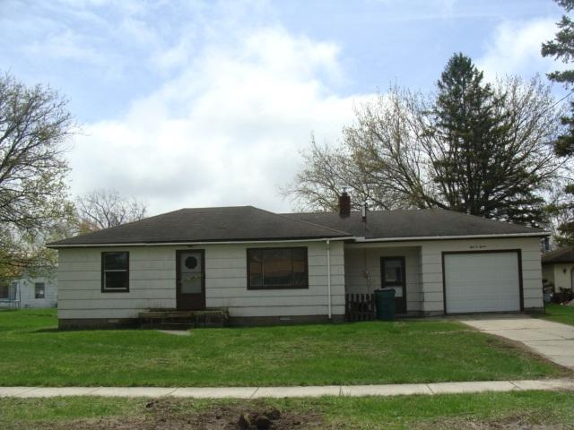 107 Kent, Auburn, MI 48611 (MLS #31378662) :: Bricks Real Estate Experts