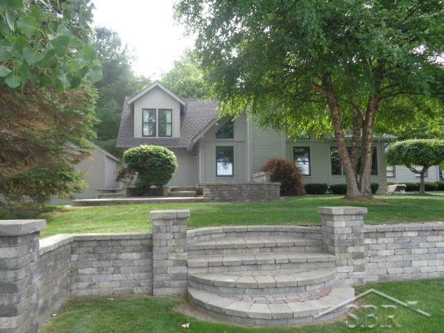 1916 Lake Circle, Saginaw, MI 48609 (MLS #31393431) :: Bricks Real Estate Experts