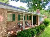 106 Oak Way - Photo 1