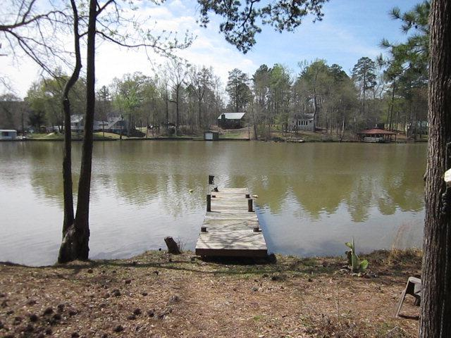 86 Woodhaven Drive, Eatonton, GA 31024 (MLS #35549) :: Lane Realty