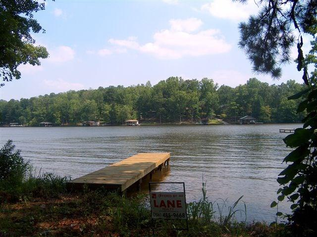 105 Blue Branch Dr, Eatonton, GA 31024 (MLS #36193) :: Lane Realty