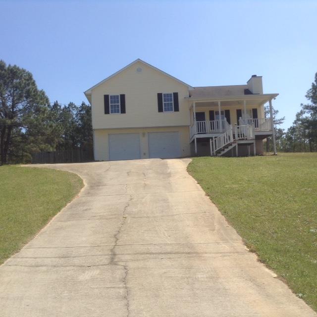 111 Logans Drive, Milledgeville, GA 31061 (MLS #39713) :: Lane Realty