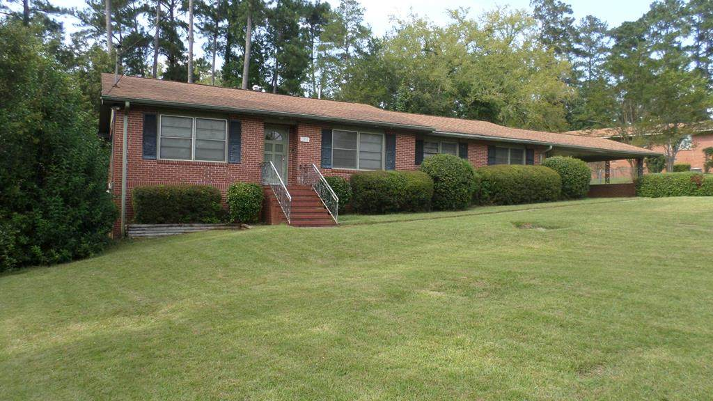 1454 Forest Hill Dr. - Photo 1