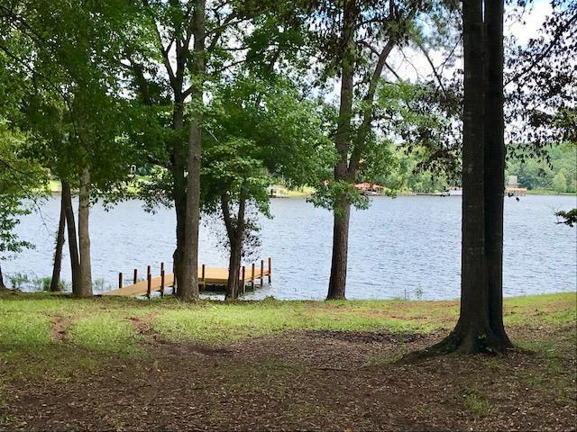 111 Pinewood Drive, Eatonton, GA 31024 (MLS #37053) :: Lane Realty