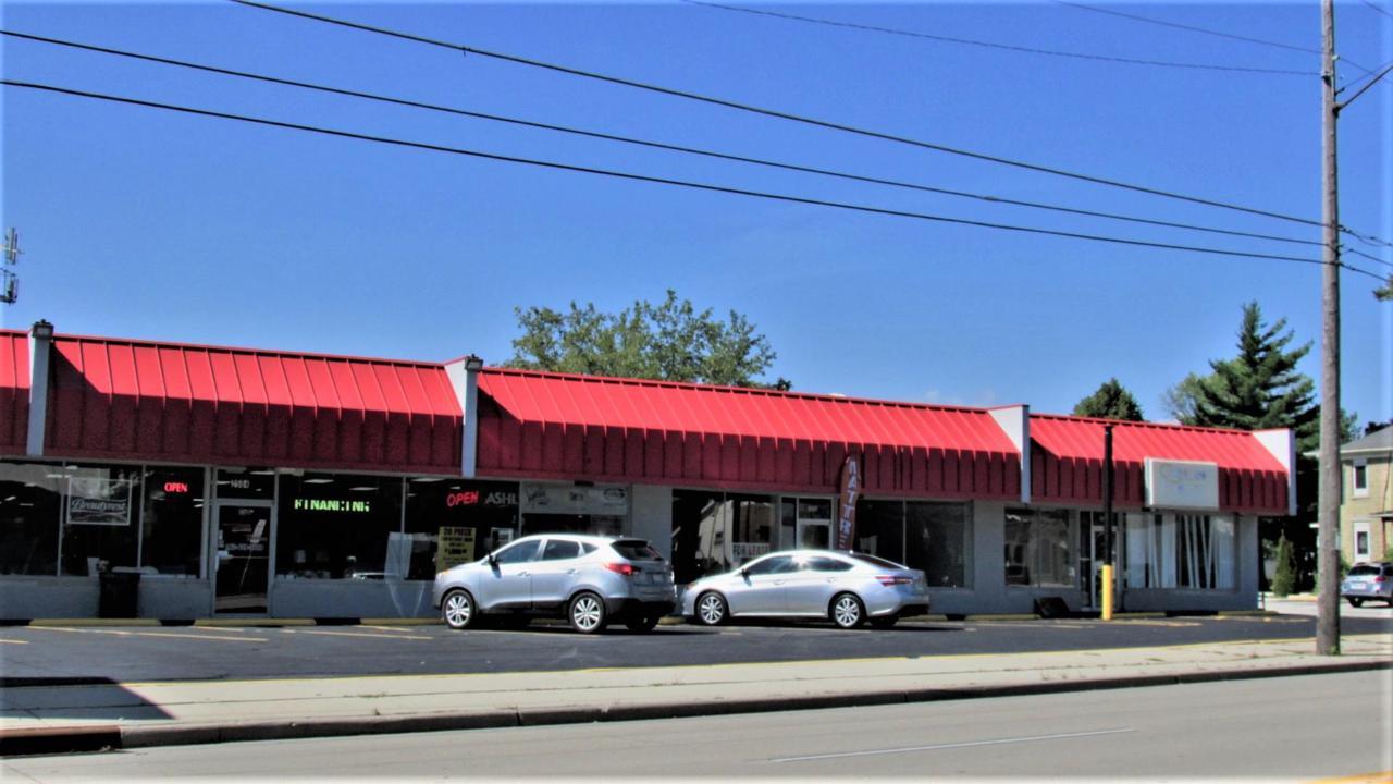 2508 Douglas Ave - Photo 1