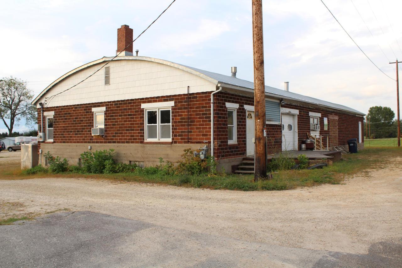 514 Railroad Ave - Photo 1