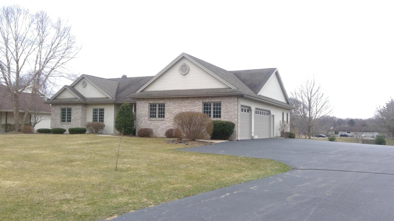 39805 Lake Park Ct - Photo 1