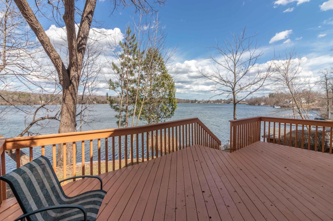 4872 Lake Ln - Photo 1
