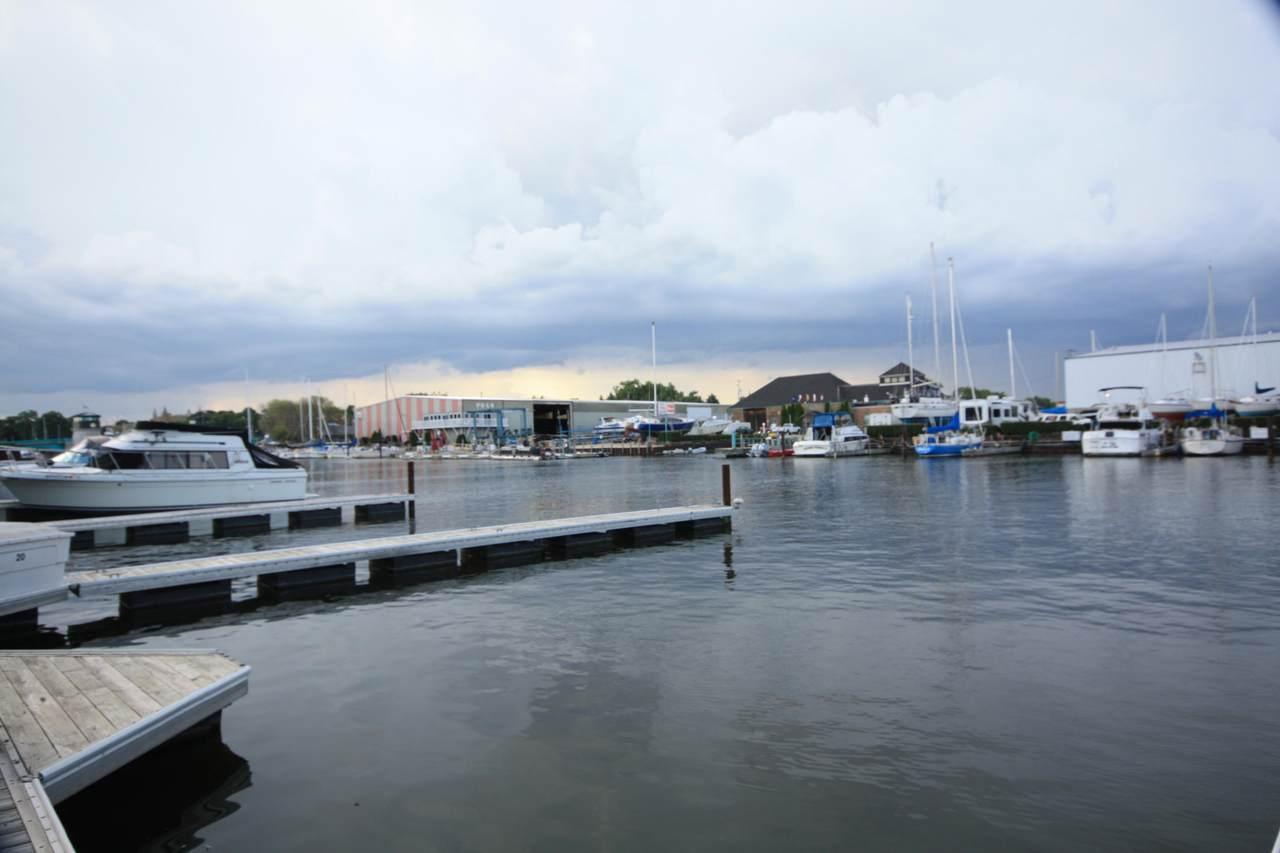 22 Gaslight Pointe Marina - Photo 1
