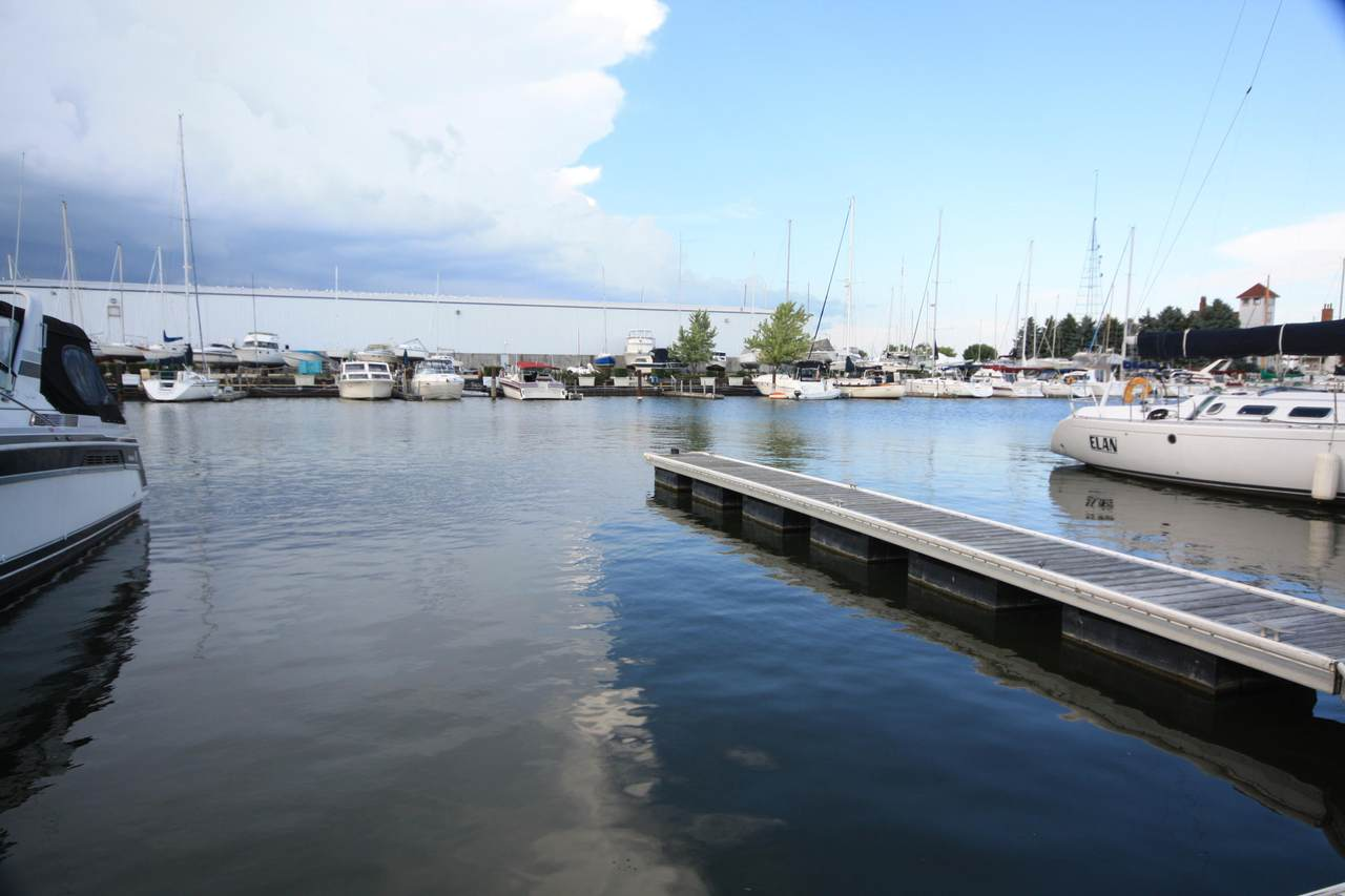 26 Gaslight Pointe Marina - Photo 1