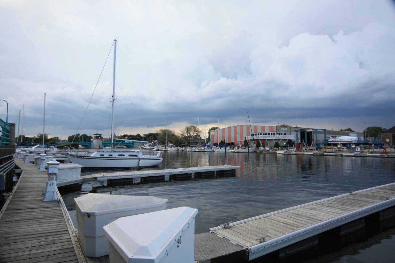 31 Gaslight Pointe Marina - Photo 1