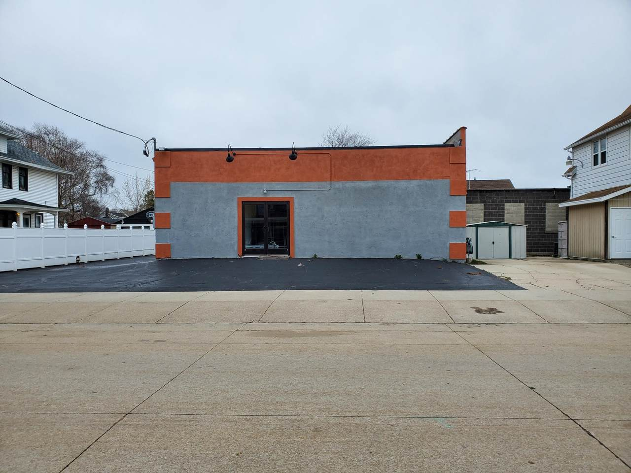1506 20th St - Photo 1