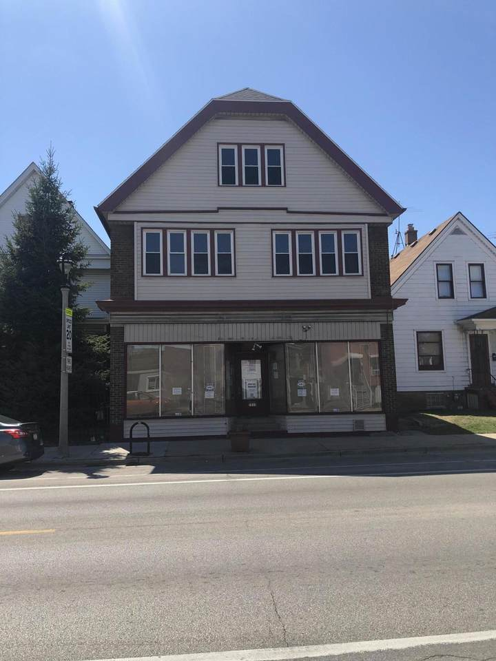 1919 Lincoln Ave - Photo 1