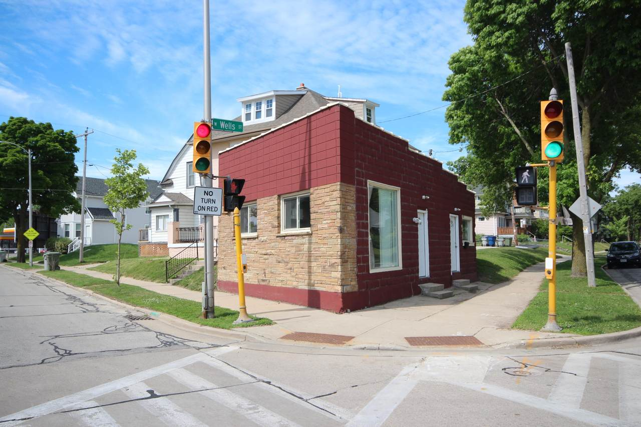 5625 Wells St - Photo 1