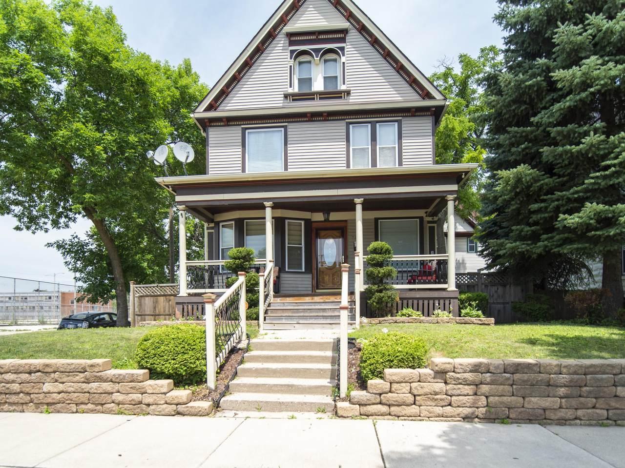 2132 Highland Ave - Photo 1