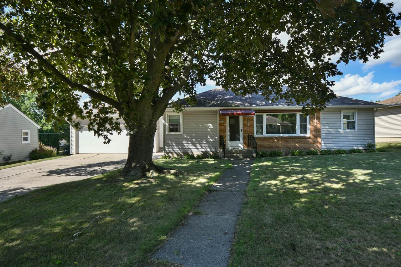 772 Glenn Dr - Photo 1