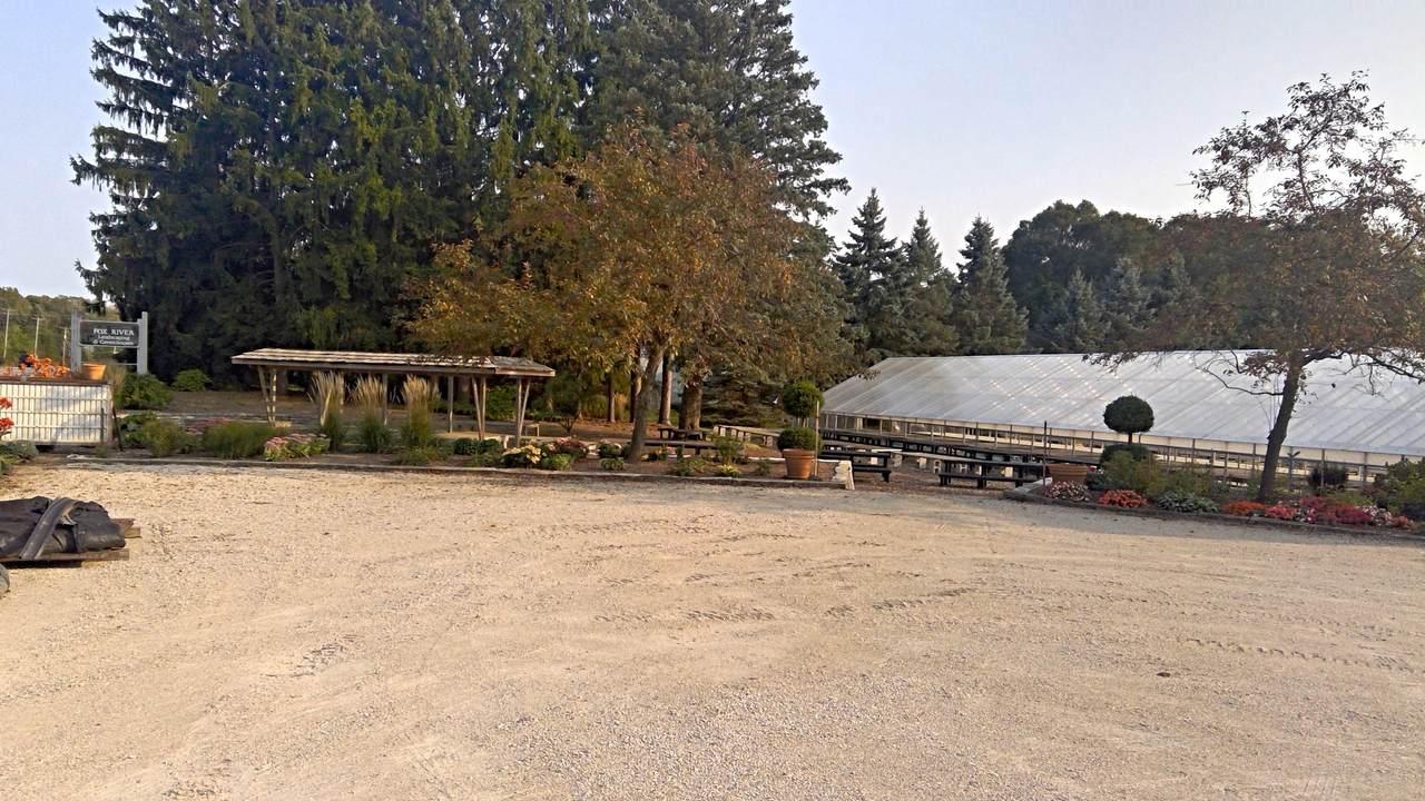W227S9365 Big Bend Dr - Photo 1