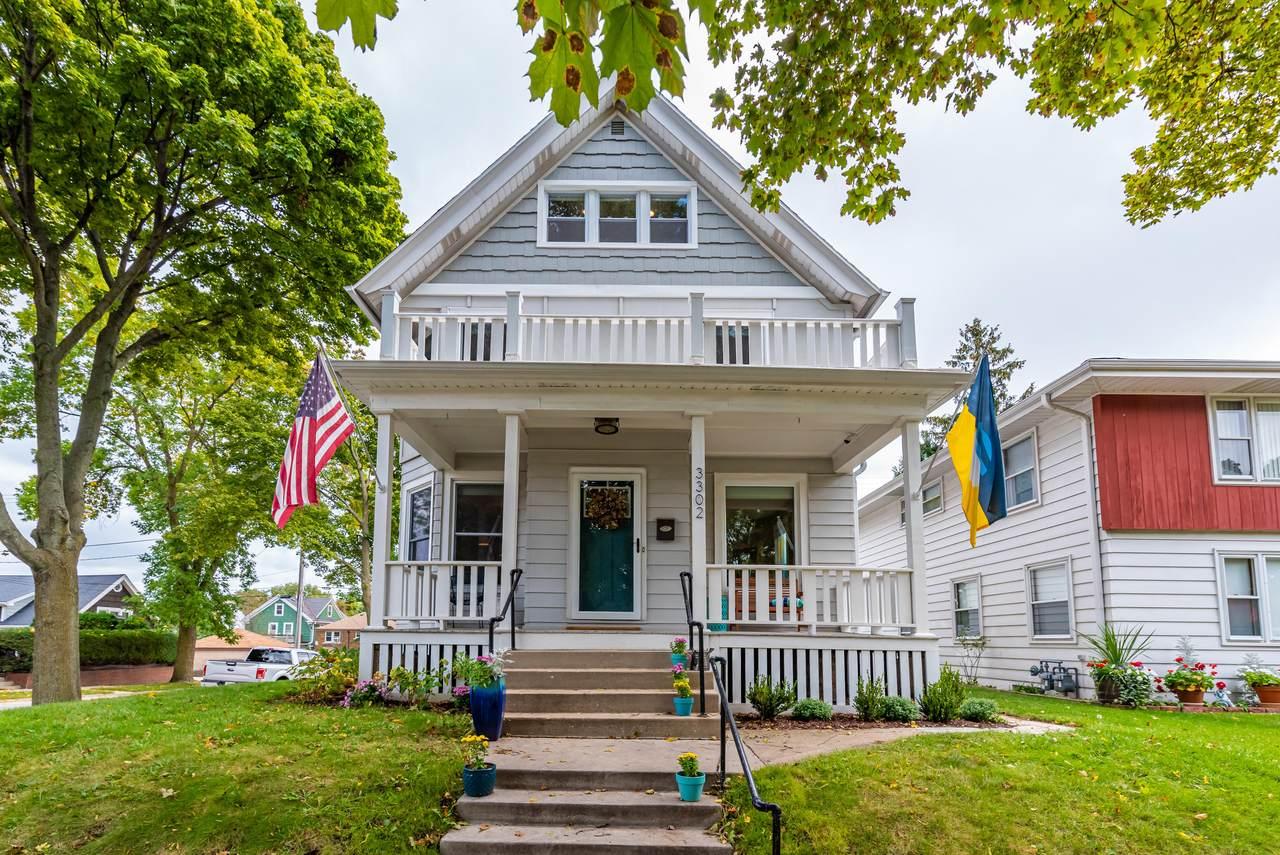 3302 Indiana Ave - Photo 1