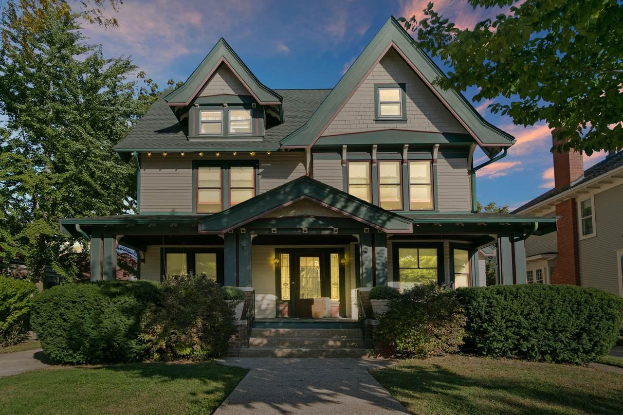 1711 College Ave - Photo 1