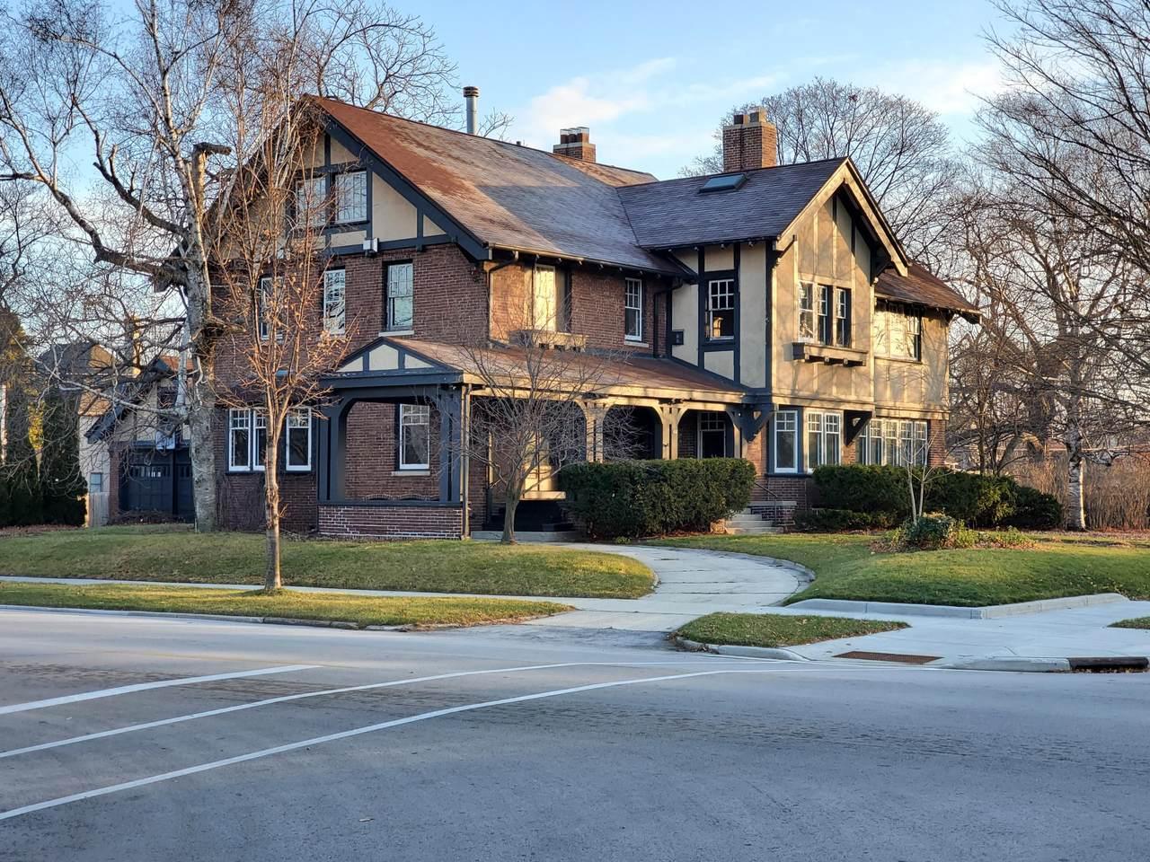 632 Michigan Ave - Photo 1
