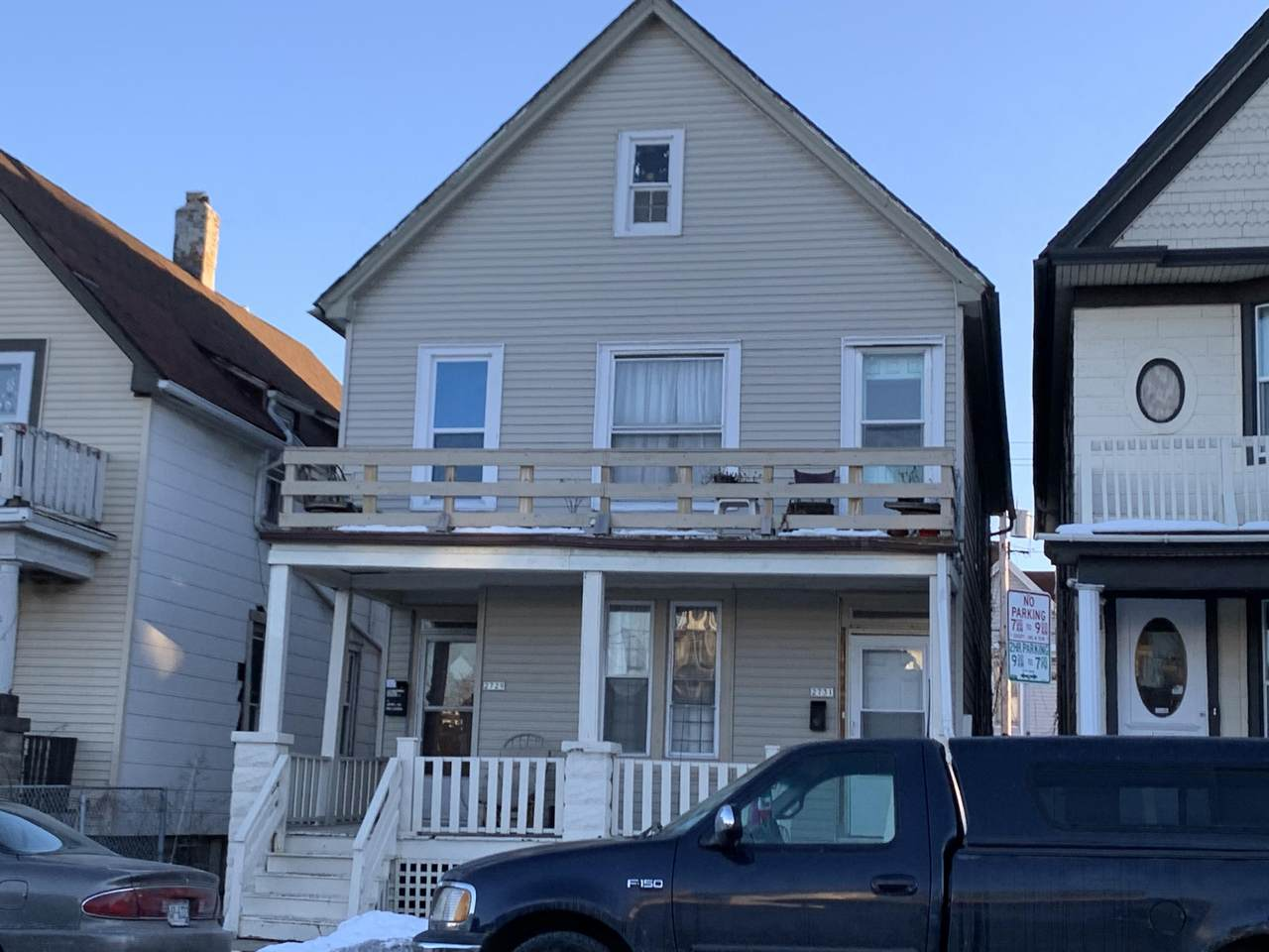 2729 Lincoln Ave - Photo 1