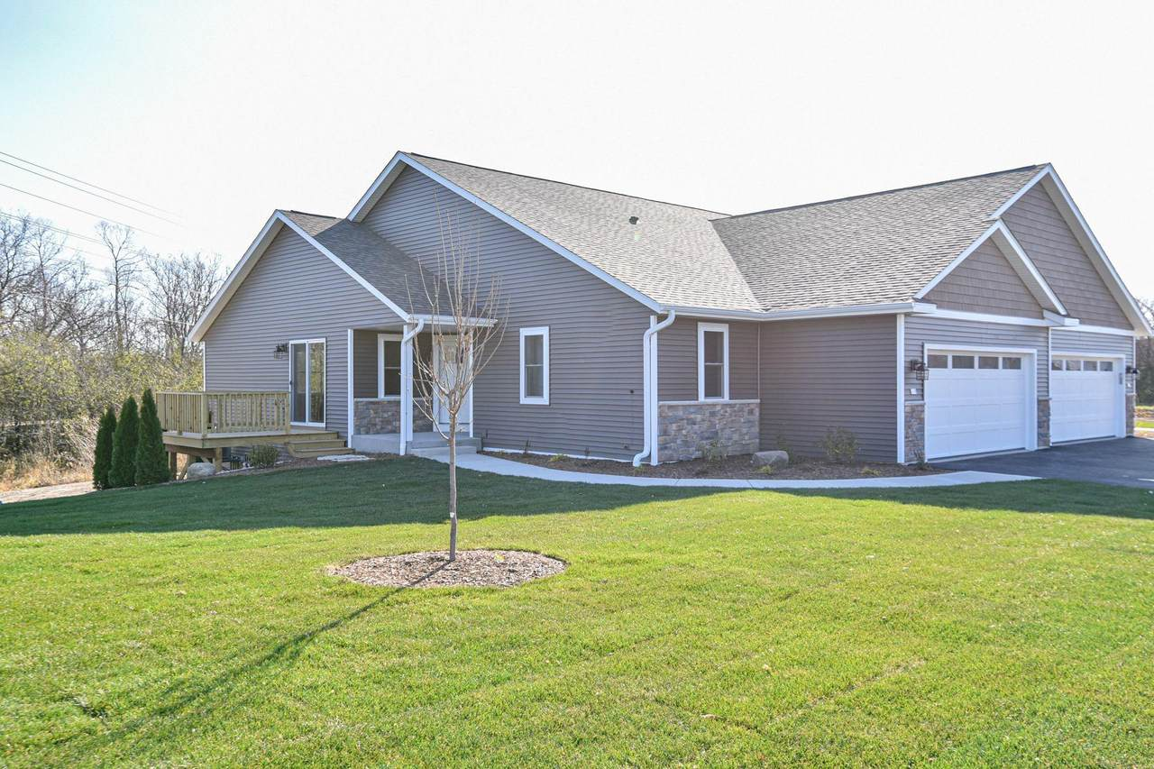 520 Trailview Crossing - Photo 1