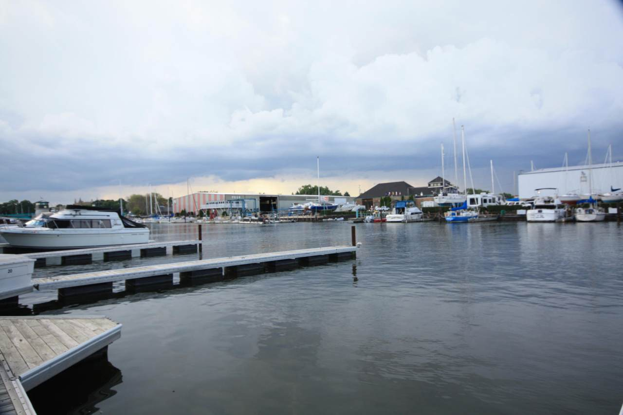22 Gaslight Pointe Marina - Photo 1