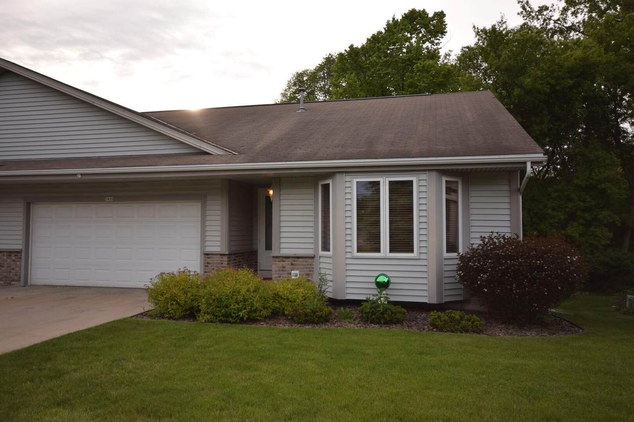 2800 Valley Ave - Photo 1