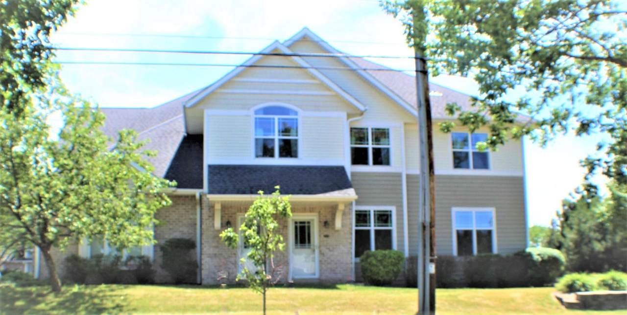 9175 Cold Spring Rd - Photo 1