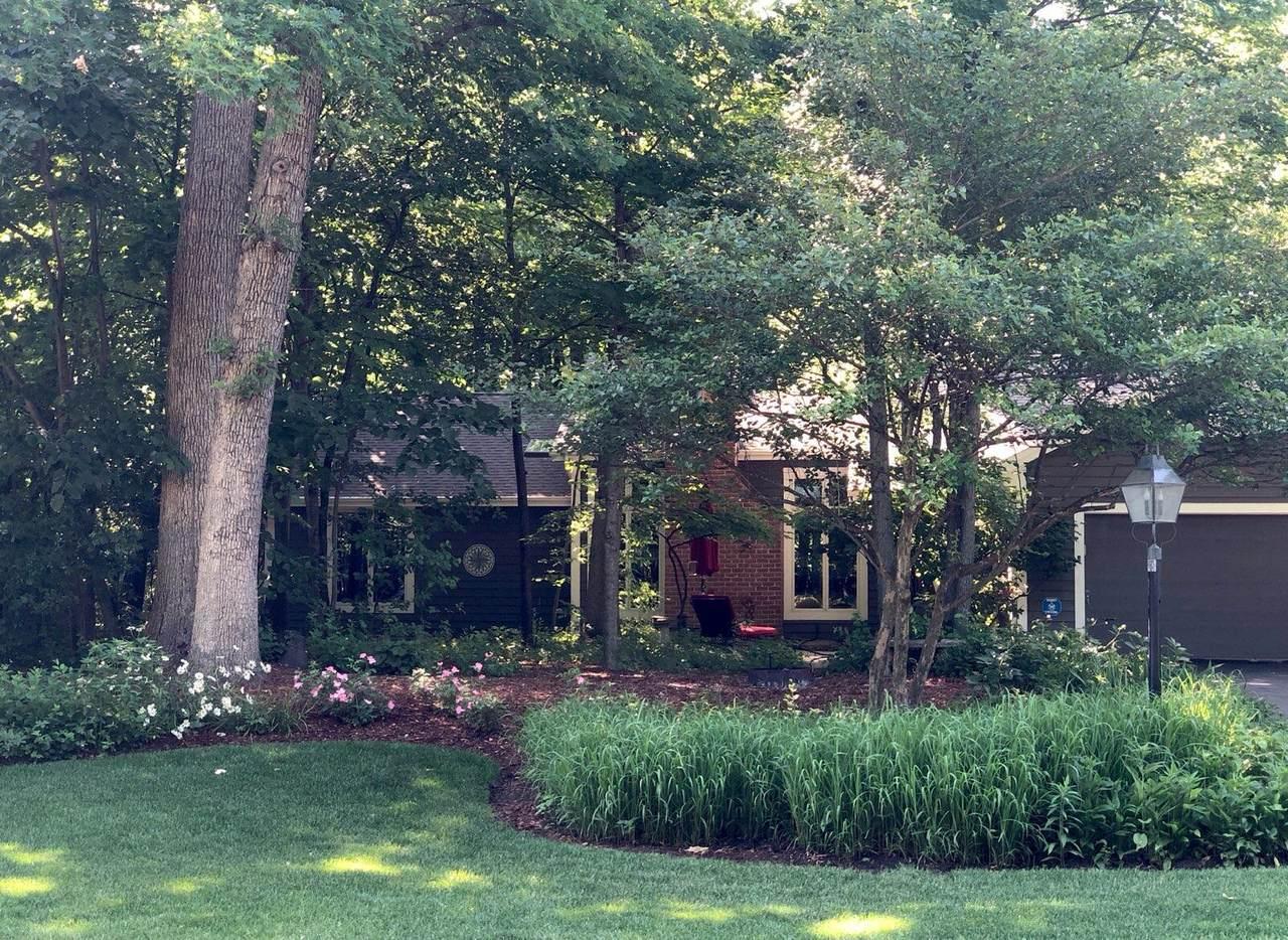 3480 Sandalwood Dr - Photo 1
