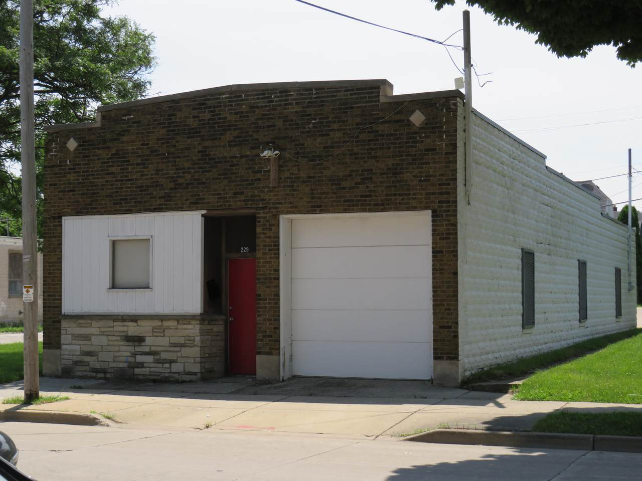 229 Keefe Ave - Photo 1