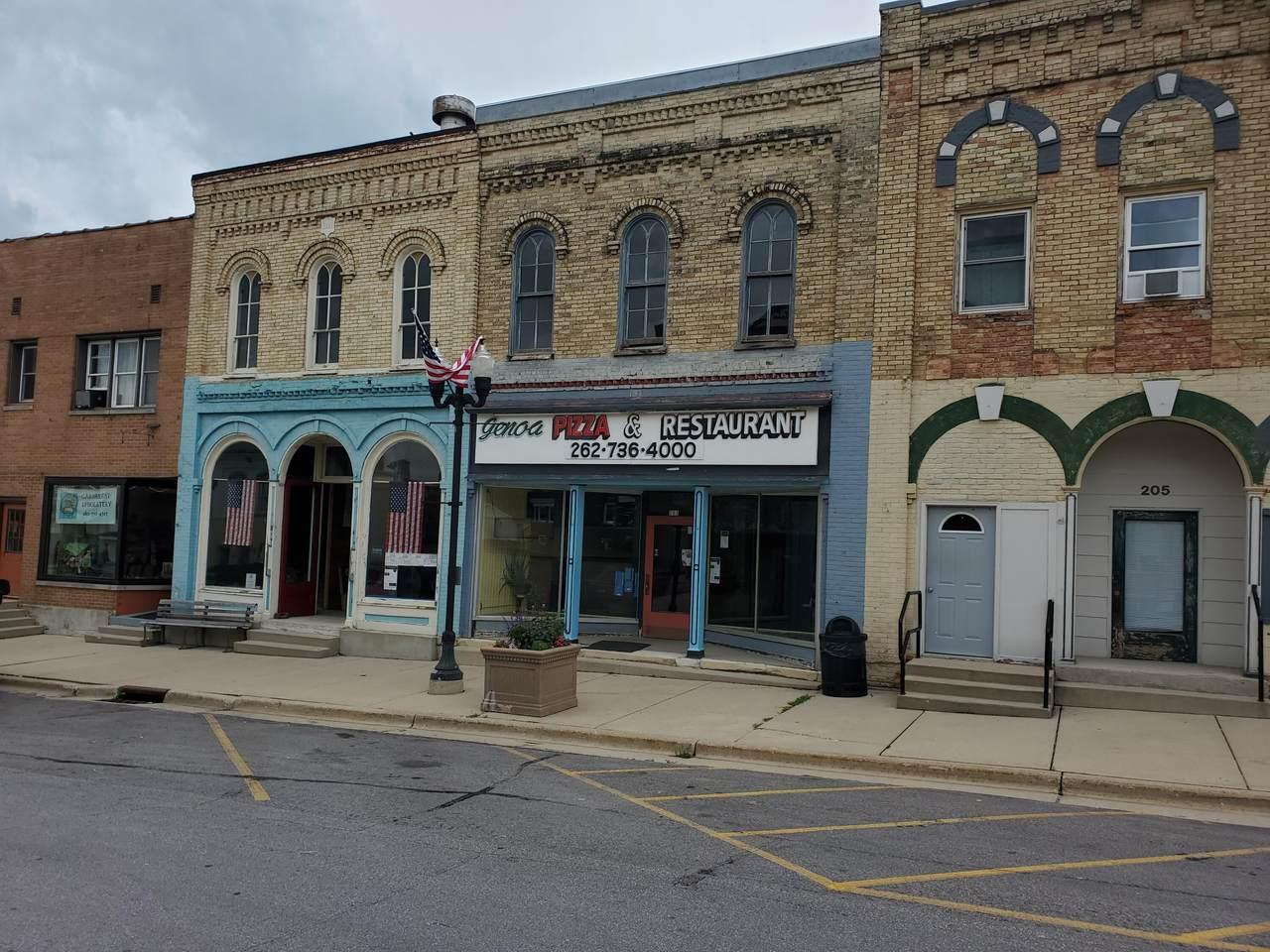 203 Baldwin St - Photo 1