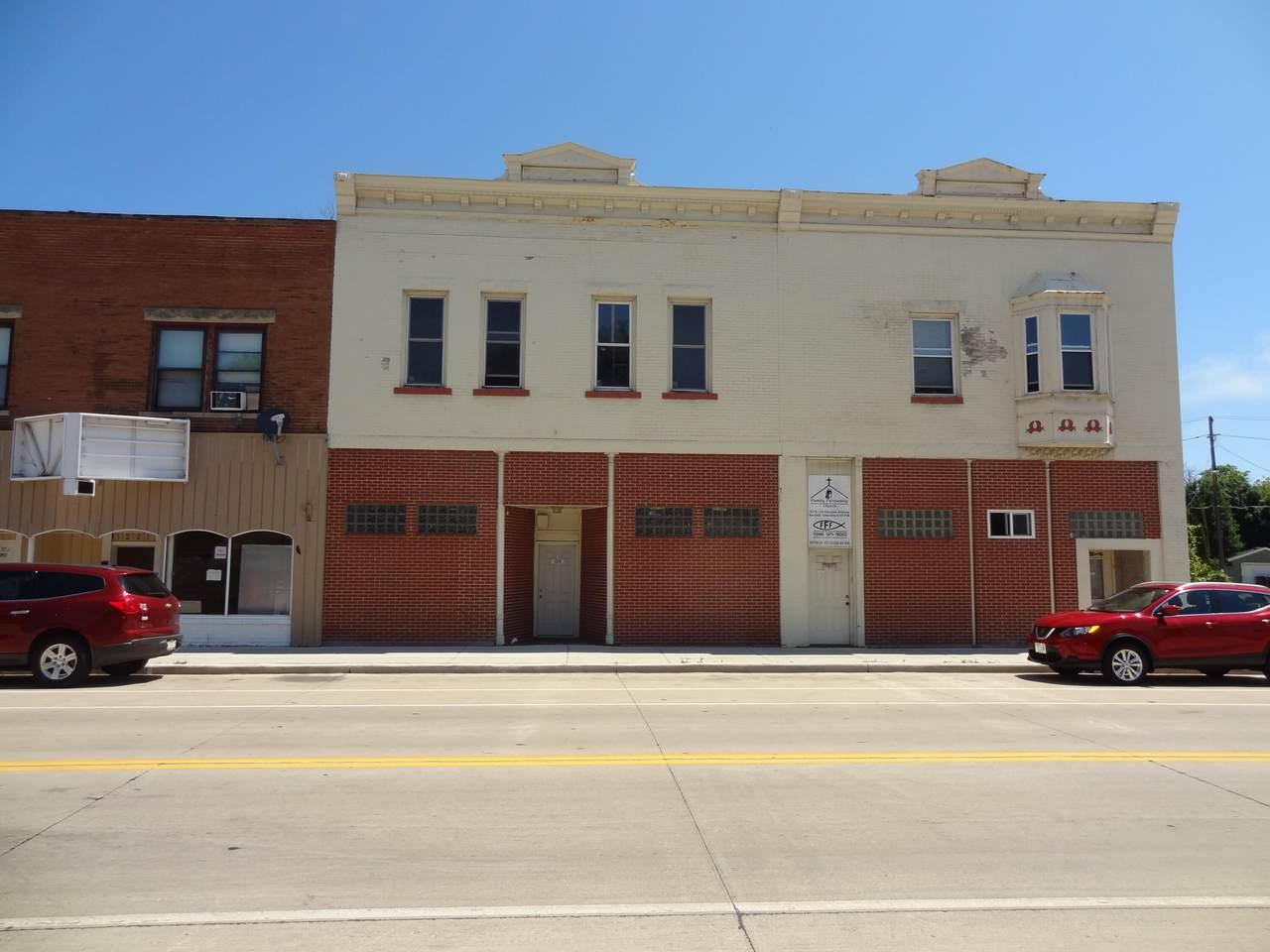 1215 Douglas Ave - Photo 1