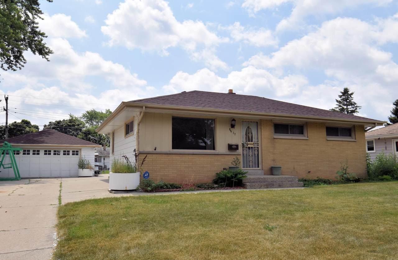 8827 Lawn Ave - Photo 1