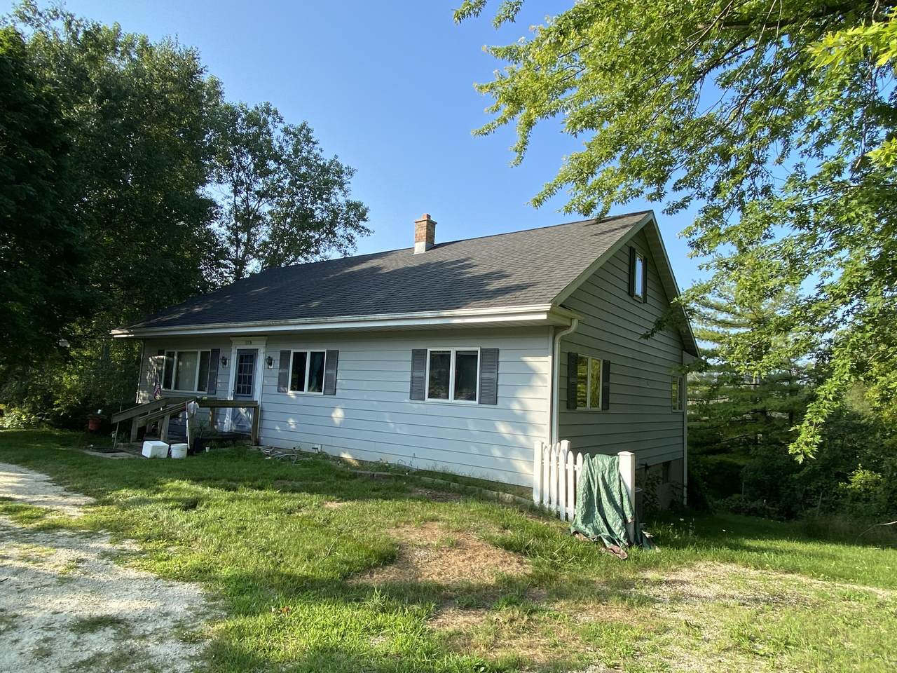 2233 State Road 33 - Photo 1