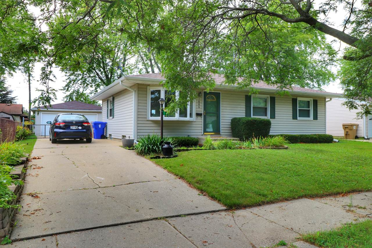 1886 15th Ave - Photo 1