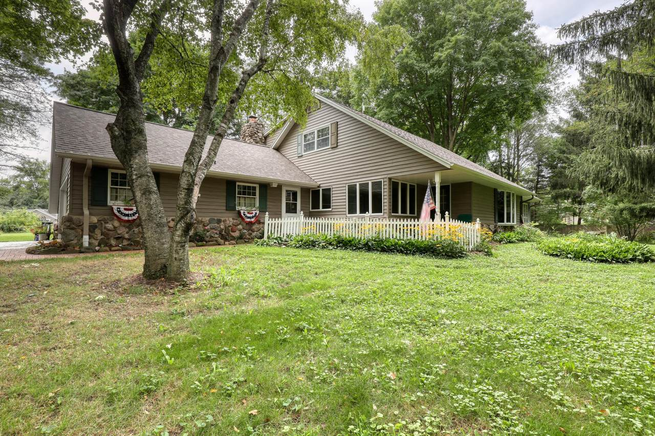 5959 Log House Rd - Photo 1