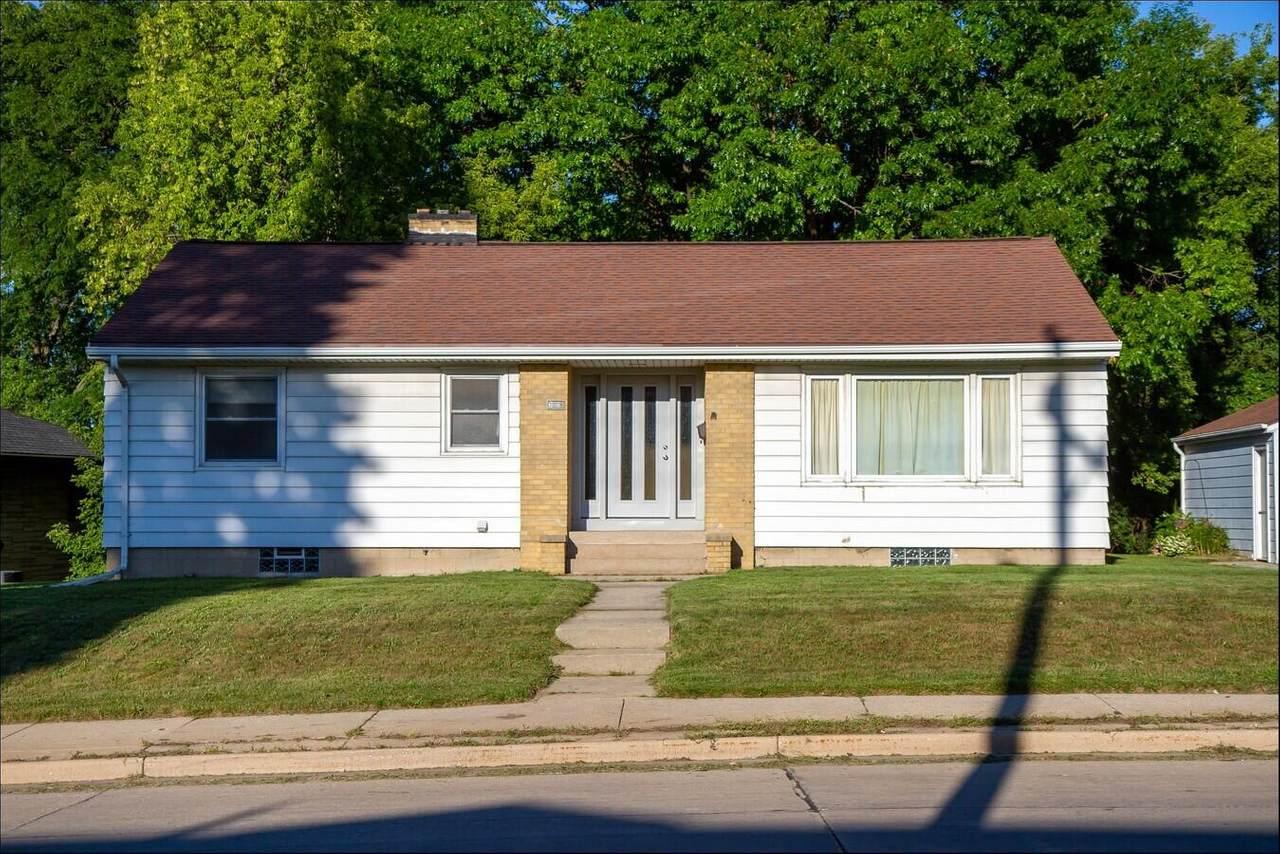 3305 Chicago Ave - Photo 1