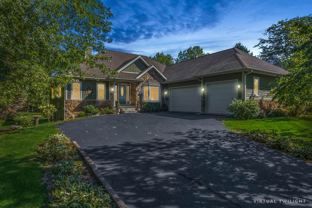 2524 Countryside Dr - Photo 1