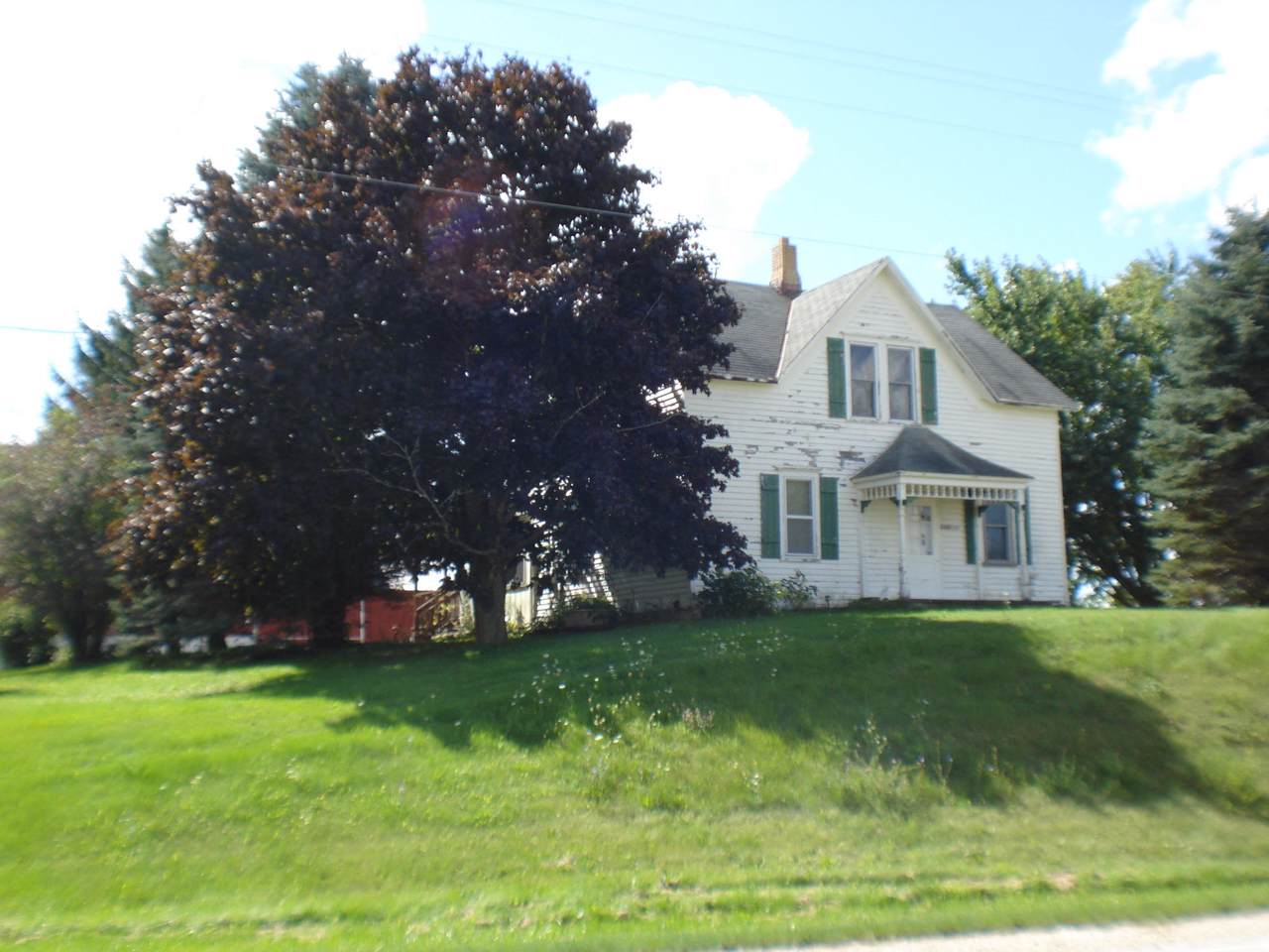 2103 County Road Bb - Photo 1