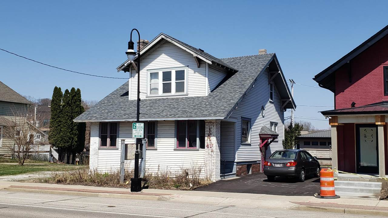 414 Wisconsin Ave - Photo 1