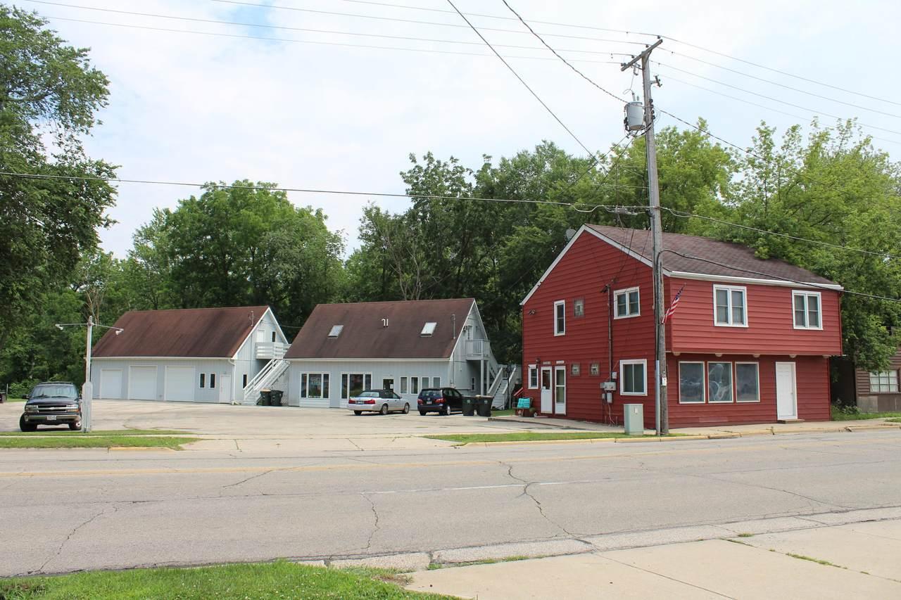 204 Lake Ave - Photo 1
