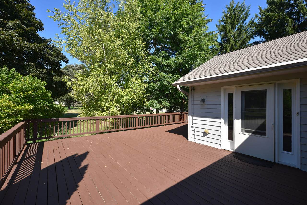 8801 Mequon Rd - Photo 1