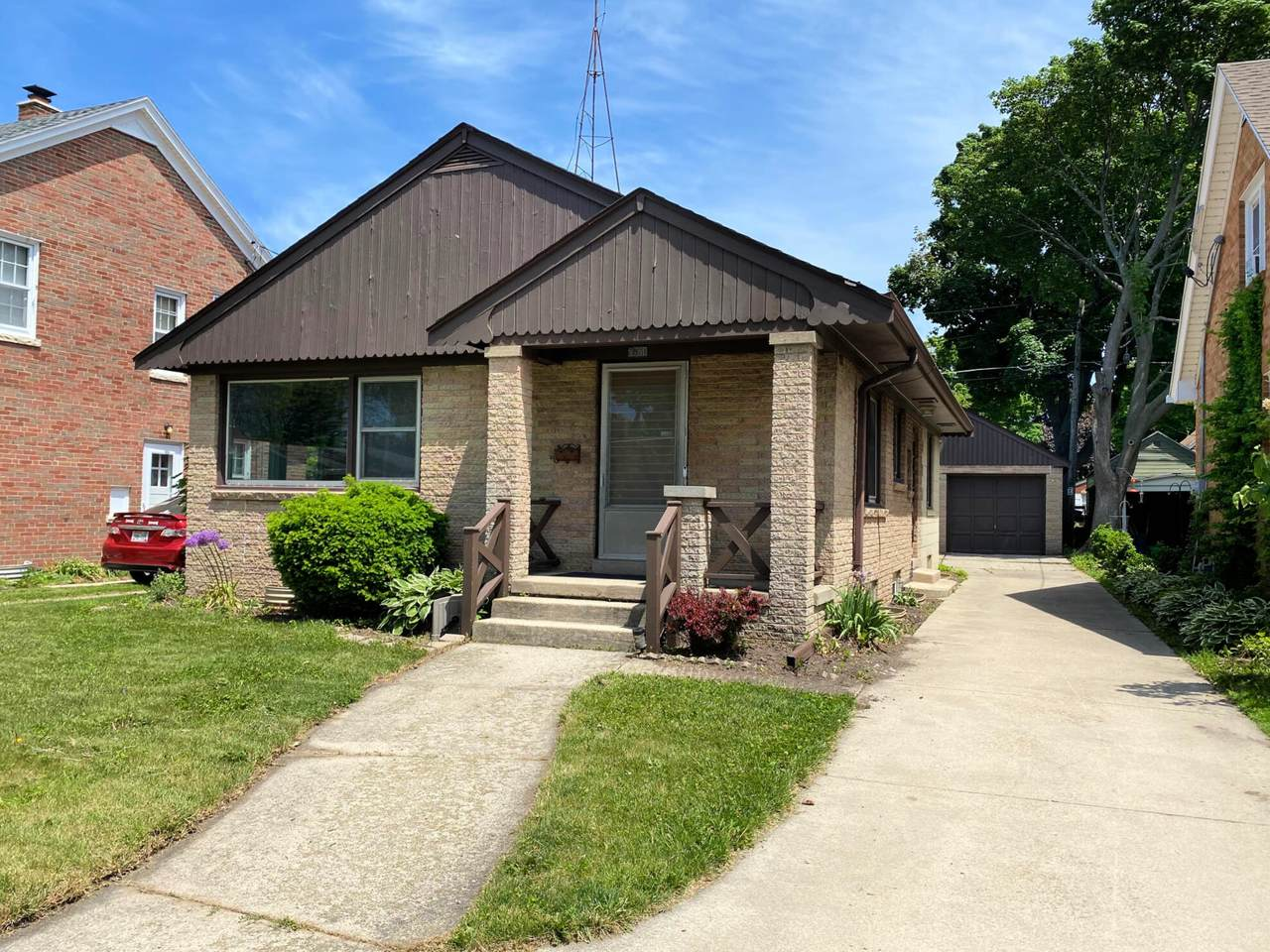 2821 Erie St - Photo 1