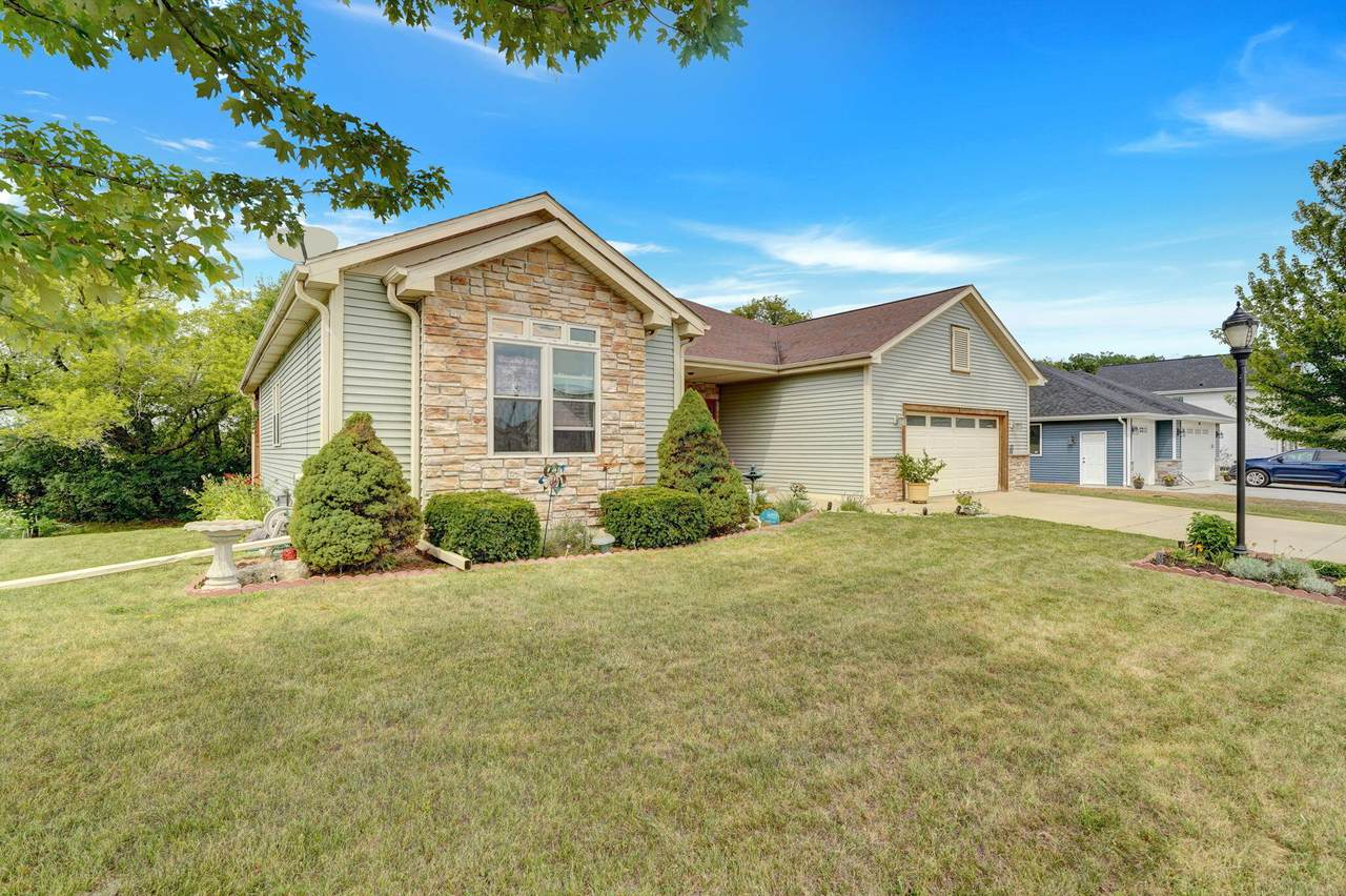 754 Willow Bend Dr - Photo 1